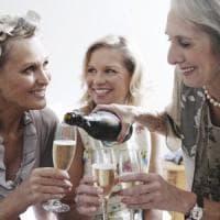 Vino, tira l'export di bollicine italiane: nuovi record di vendite anche nella patria...