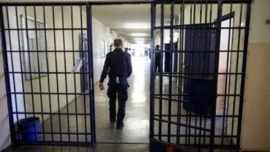 Antigone, carceri sempre più affollate: uno su tre è straniero
