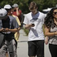 """Facebook punta sulla realtà aumentata, lo smartphone è la """"chiave"""""""
