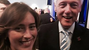 Boschi alla convention dem scatta selfie con Bill Clinton