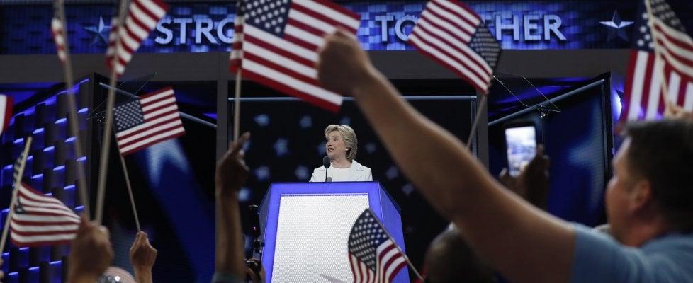 """Usa, Hillary accetta la nomination: """"Comincia un nuovo capitolo"""""""