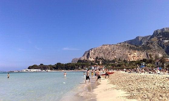 Dalla Ligura alla Sicilia, le spiagge italiane del surf