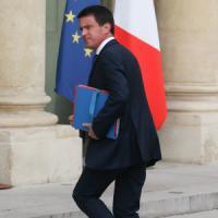 Francia, Valls ammette: