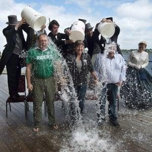 Secchiate d'acqua per la Sla, italiani scoprono gene 'responsabile' della malattia