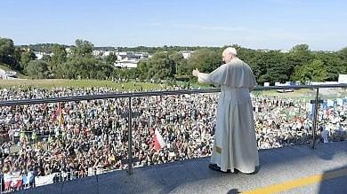 """Papa Francesco: """"Chiesa non si chiuda  in se stessa, vada nel mondo""""   video"""