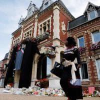 Belgio, fermati due fratelli sospettati di piani terroristici. Per i tedeschi, Merkel...