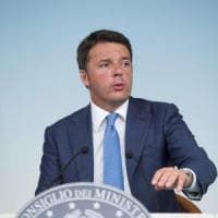 """Renzi: """"Mps, non pagano i cittadini. Niente manovra-bis né aumento dell'Iva"""""""