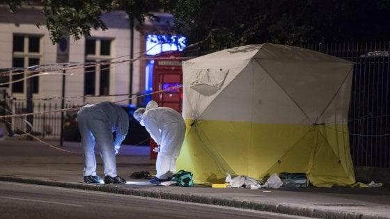 Londra, attacco a colpi di coltello in Russell Square: uccisa una donna americana, cinque feriti