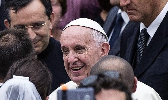 Oggi il Papa ad Assisi. Una visita che scompagina