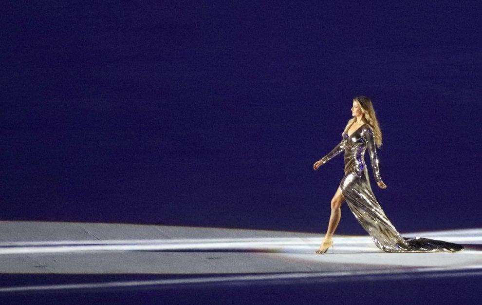 Rio 2016, cerimonia d'apertura: Gisele Bundchen è la ragazza d'Ipanema