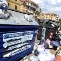 Fisco, per bar e negozi la tassa sui rifiuti è aumentata del 50% dal 2010