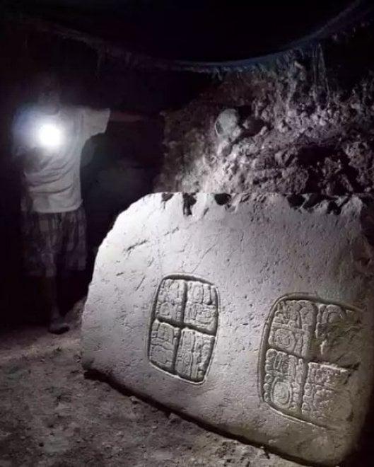 Belize, scoperta tomba reale Maya: all'interno, i resti di un uomo della 'dinastia del serpente'