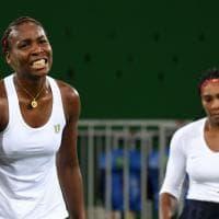 Rio 2016, cadono re e regine del tennis: eliminati Djokovic e le sorelle Williams nel doppio
