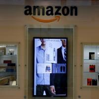 Amazon, perquisita la sede in Giappone e Wal-mart compra Jet.Com