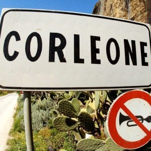Mafia, sciolti i comuni di Corleone, Tropea, Bovalino e Arzano