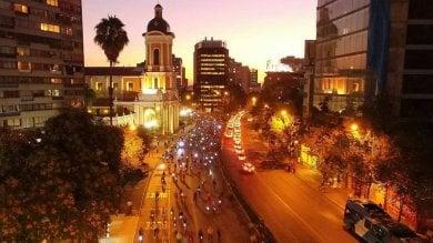 Cile, a Santiago la rivoluzione  a due ruote sfida il classismo   foto