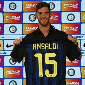 Inter, Ansaldi fuori un mese: ''De Boer? Necessario un cambiamento''