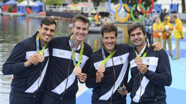 Canottaggio, il 4 senza sul podio: la rimonta vale il bronzo