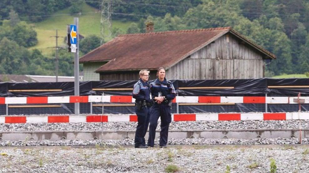 Svizzera, attacco su treno: la polizia nella stazione