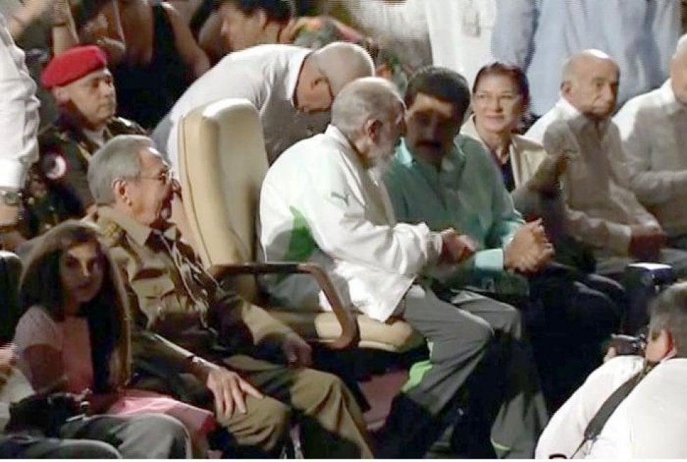 È morto Fidel Castro, portò la rivoluzione a Cuba 014640887-935d3c7c-7896-4fe0-b463-28e066f1350b