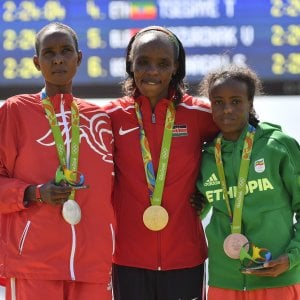 Rio 2016, atletica: Sumgong oro nella maratona, Straneo tredicesima