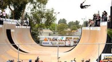 In Giappone Giochi da Luna Park arrivano i ragazzi dello skateboard