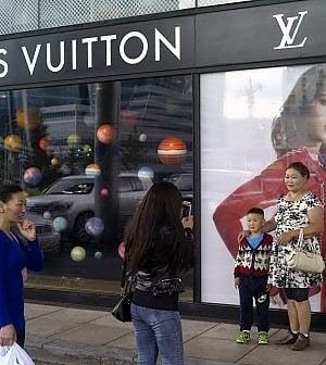 Vuitton gioca la carta del profumo per rilanciare i ricavi