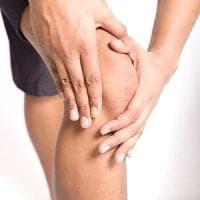 Malattie reumatiche: sport, sole e dieta, come affrontare l'estate in salute