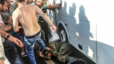Turchia, pugno di ferro dopo il golpe-farsa:  in serio pericolo i diritti umani