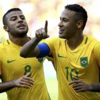 Calcio, il Brasile ne fa 6 all'Honduras e va in finale: ora la rivincita