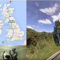 Aaron Puzey, l'uomo che gira l'Inghilterra in cyclette con la realtà aumentata