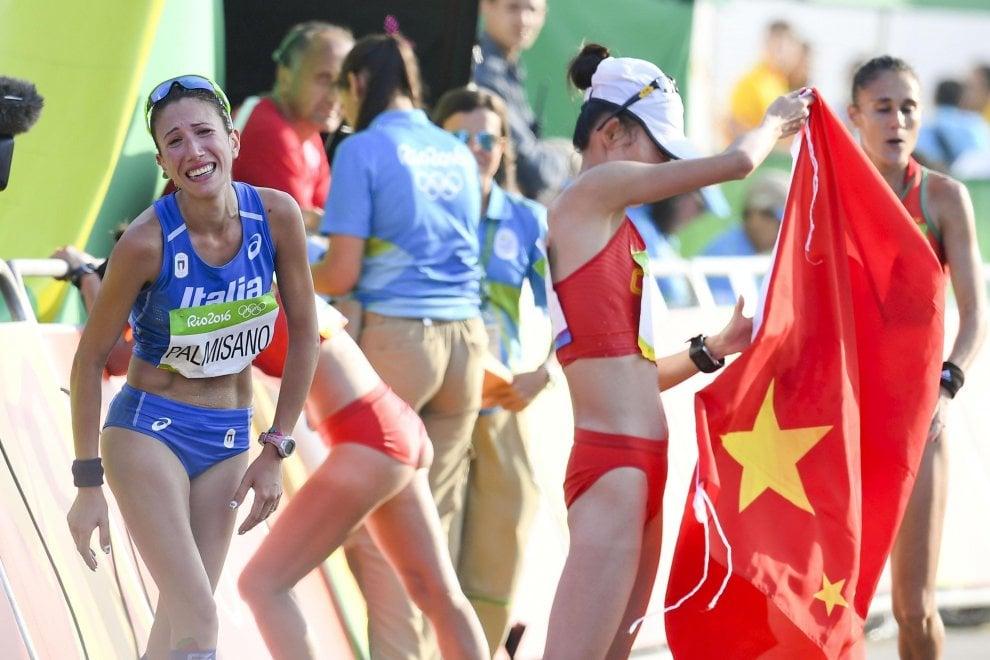 Rio 2016, Palmisano quarta nella 20 Km: all'arrivo chiede al fidanzato di sposarla
