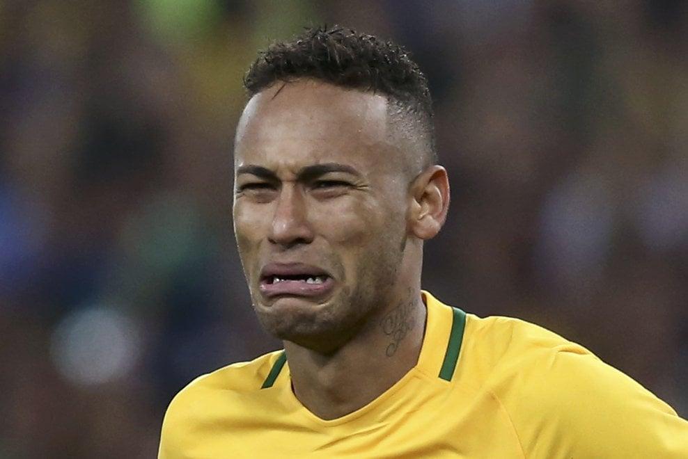 Rio 2016, le lacrime di Neymar per il primo oro nel calcio del Brasile