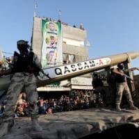 Gaza, decine di attacchi israeliani dopo il lancio di un razzo