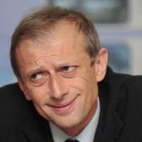"""Piero Fassino: """"Ora il quesito è chiaro, se perde il Pd è il baratro. Scissione? Non c'è..."""