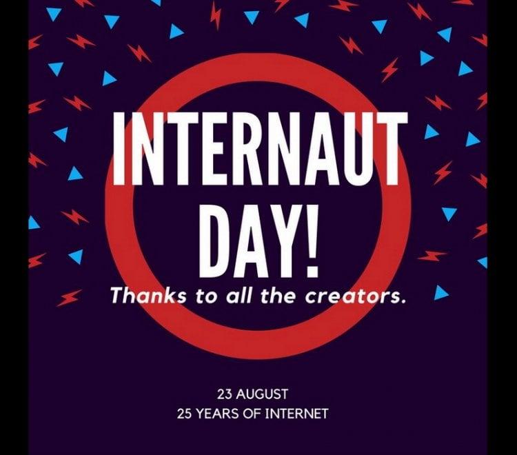 """Nato con lo scopo di creare un sistema per collegare i computer dei centri di ricerca e condividere le informazioni, il web ha esordito con il sito del Cern di Ginevra, info.cern.ch. A 25 anni di distanza si contano almeno un miliardo di siti e 3,4 miliardi di internauti, la metà dei quali, 1,7 miliardi, è utente di Facebook. E il social network ha ricordato la giornata con un messaggio in cui ringrazia """"Tim Berners-Lee e gli altri pionieri di internet che hanno contribuito a rendere il mondo più aperto e connesso"""""""