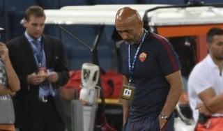 """Roma, Spalletti incredulo: """"Difficile spiegare certi errori e quei cartellini rossi"""""""