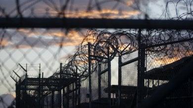 Guantanamo, in aula il primo imputato che subì 83 volte tortura waterboarding