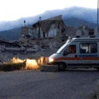 Terremoto di magnitudo 6.0 devasta il centro Italia: morti e feriti. Bambini sotto le...