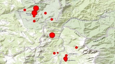 """L'esperto: non esclusi altri sismi forti  Il  geologo Boschi : """"Danni irrilevanti dove si è costruito a norma"""""""