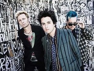 """Green Day: """"Basta droghe cerchiamo la giustizia"""""""