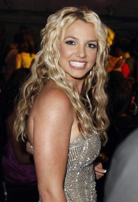 Britney Spears, la raccolta fondi è per gli alluvionati della Louisiana