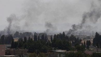 Carri armati turchi entrano in Siria bombardate postazioni dell'Is e dei curdi