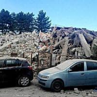 Terremoto 6.0 devasta il centro Italia: almeno 60 morti. Si scava fra le macerie....