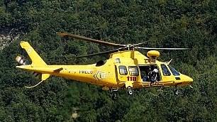 Case isolate, aiuti dall'elicottero
