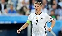 """Schweinsteiger gela le italiane  """"United mio ultimo club europeo"""""""