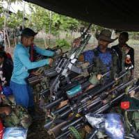 Colombia, storico accordo di pace tra governo e guerriglieri delle Farc