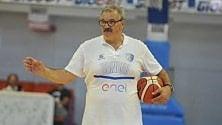Basket, Sacchetti riparte da Brindisi: ''E faccio anche lo scrittore''