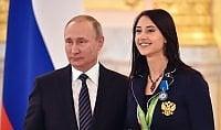 """Putin attacca dopo esclusione """"Faremo giochi alternativi"""""""