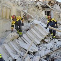 """Terremoto, 281 vittime. Nelle Marche non ci sono più dispersi. Il governo: """"Centri..."""